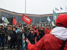 Cancellato l'incontro fra Amazon e i sindacati