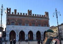Piacenza Concerto di Capodanno in Piazza con un budget risicato