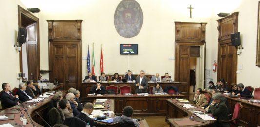 """Arrestato il presidente del Consiglio comunale Giuseppe Caruso, """"Appartinene alla 'ndrangheta"""""""