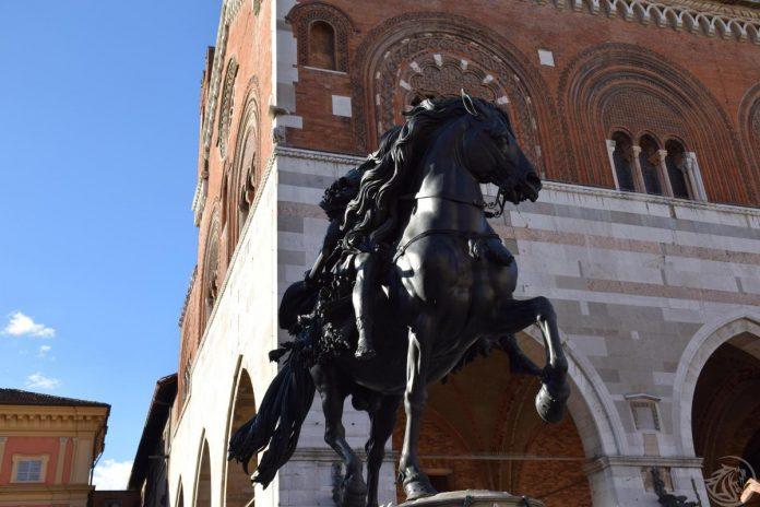 Piazza Cavalli Piacenza