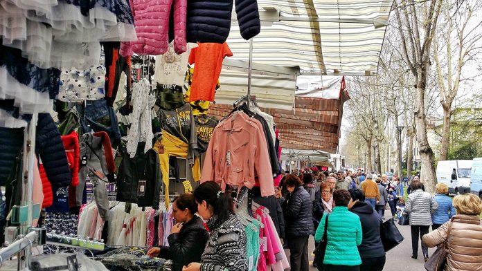 Mercato ambulante a Piacenza