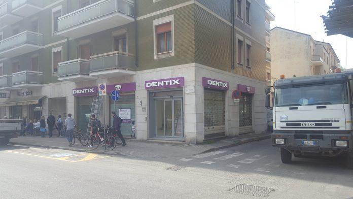 Dentix apre a Piacenza