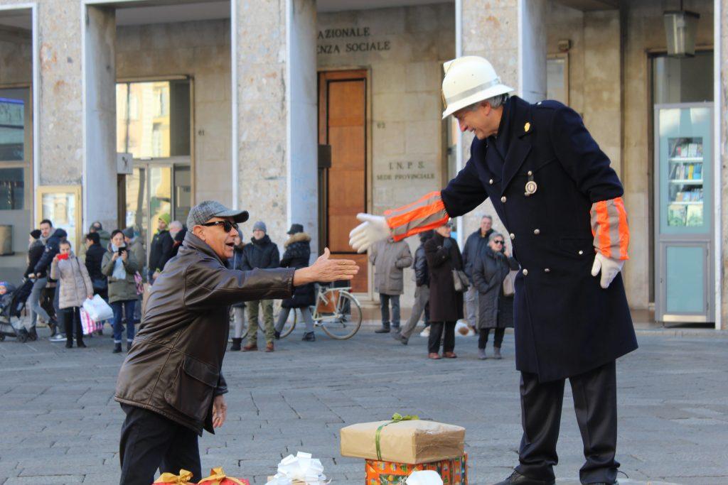 Befana del Vigile in Piazza Cavalli