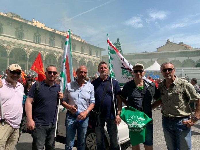 Un pullman della Fim Cisl Parma Piacenza a Firenze per lo sciopero dei metalmeccanici