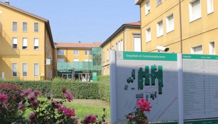 A Castel San Giovanni è stato dimesso uno dei primi pazienti ricoverati: un cinese 45enne
