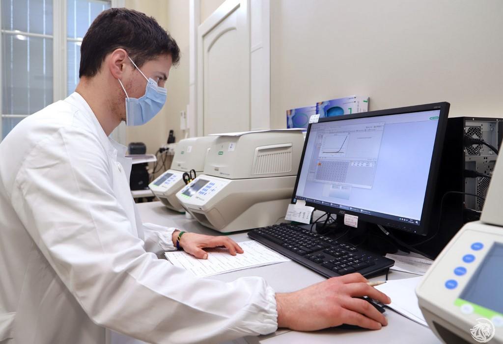 laboratorio-microbiologia-Ausl-Piacenza_10