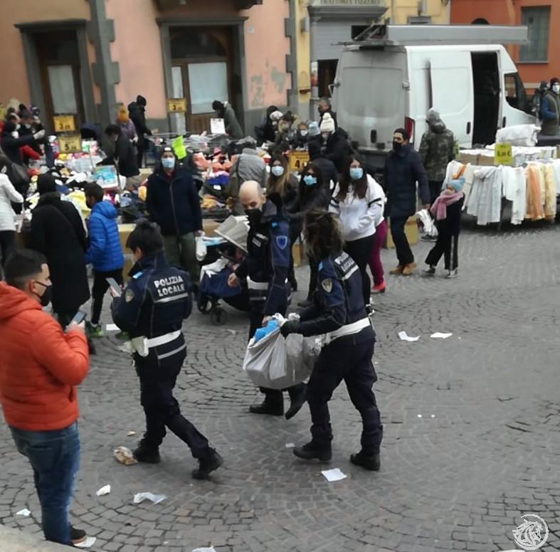 Polizia-locale-venditori-abusivi_4