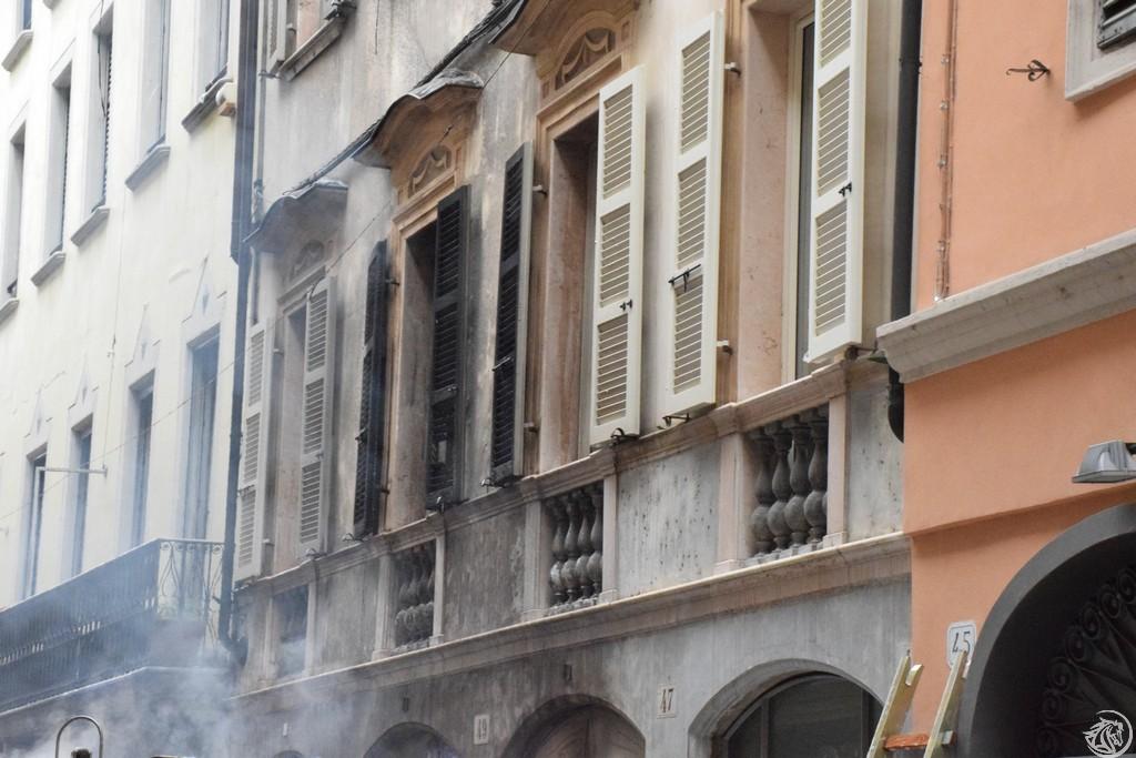 Incendio-Pulisci-strada-via-xx-Settembre-Piacenza_61