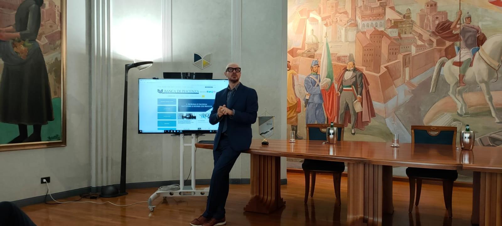 Presentazione-Spot-banca-Piacenza_5