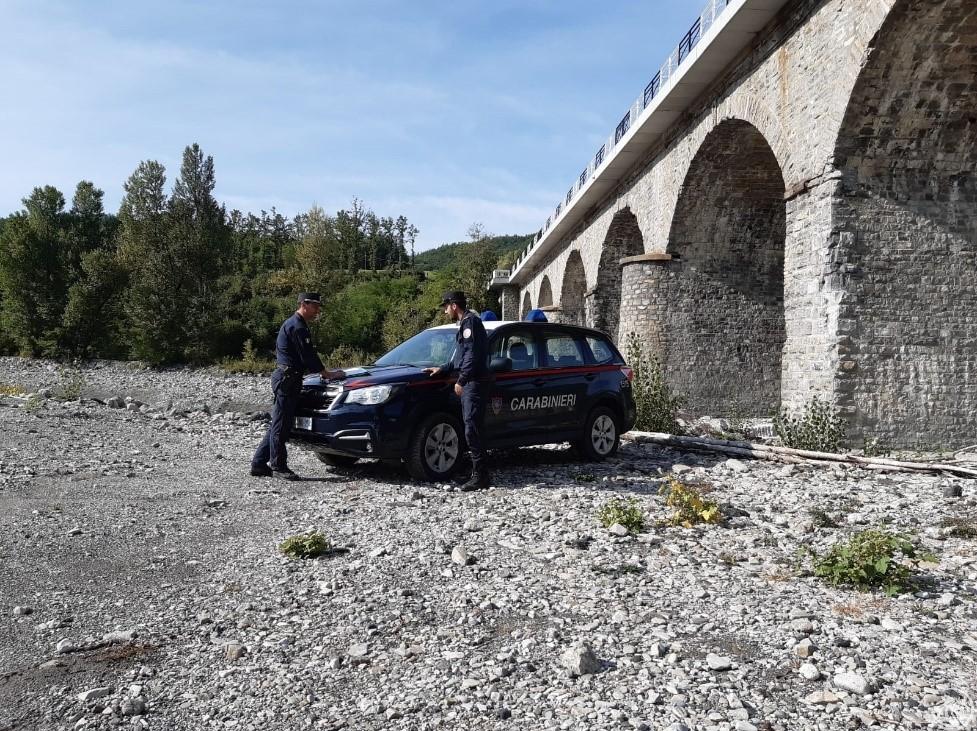 carabinieri-forestali-ghiaia-Nure-Ferriere
